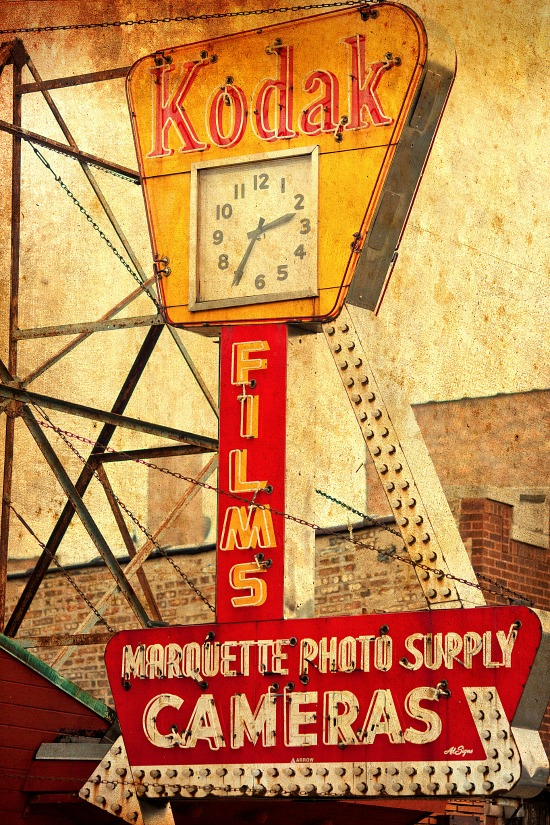 Kodak-Films-Clock-Sign