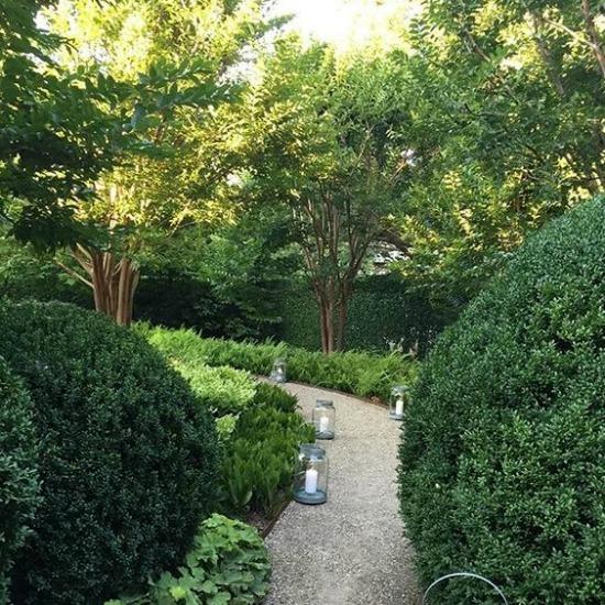 Ina-Garten-garden-path