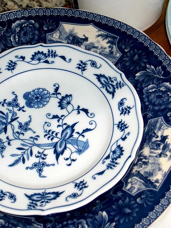 blue-white-plates