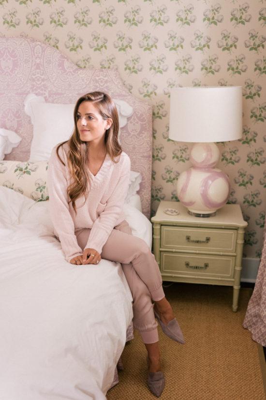 gal-meets-glam-bedroom