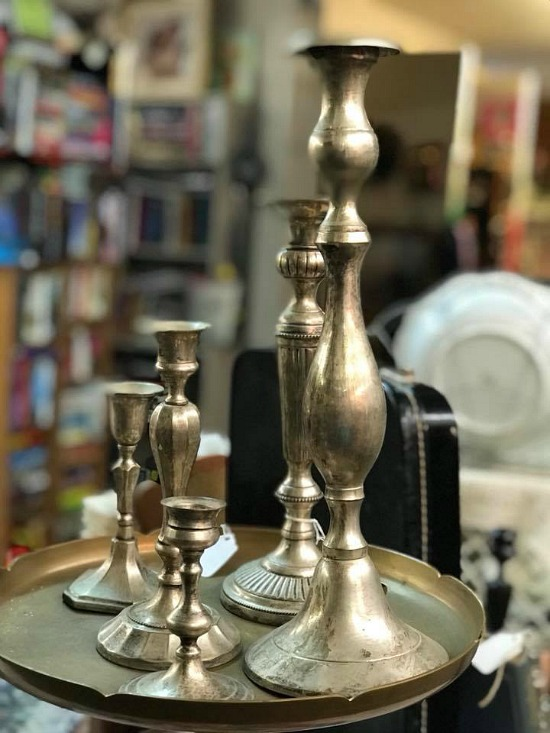 silver-candlesticks-vintage