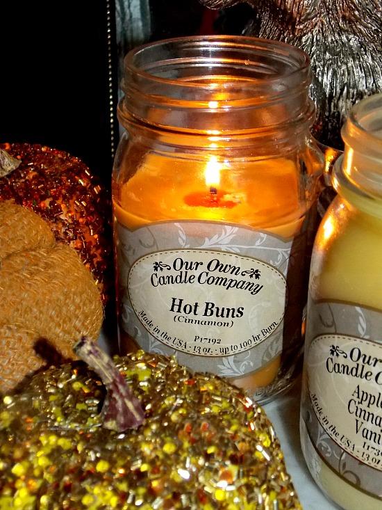 hot-buns-cinnamon-candle