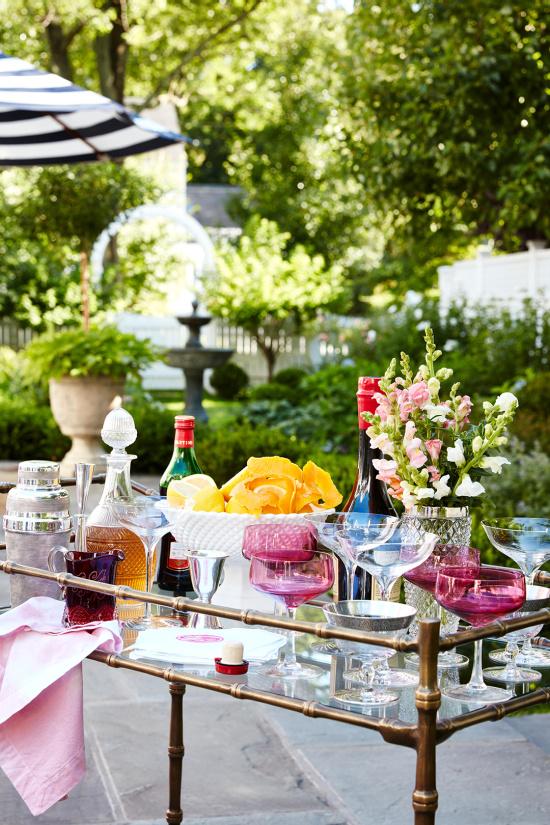 bar-cart-on-patio-cocktails