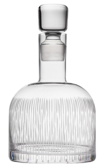 clear-whiskey-decanter
