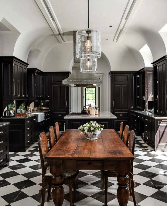 black kitchen cabinets
