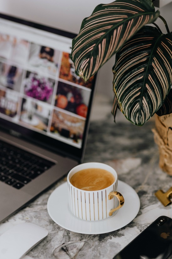 foodiesfeed.com_home-office-station-with-a-cup-of-coffee