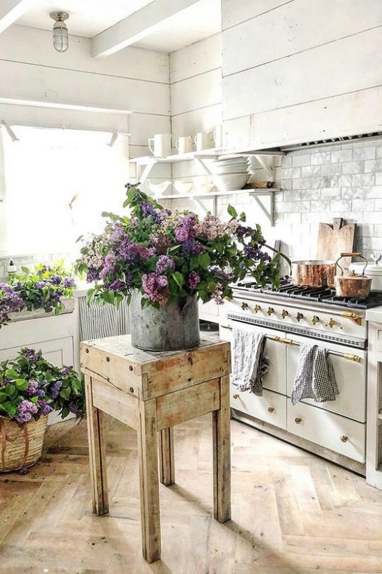 lilacs kitchen