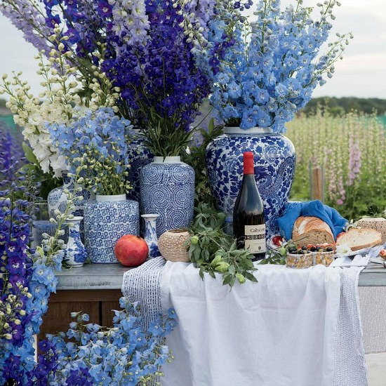 blue-white-table-flower-magazine-house-garden-lifestyle