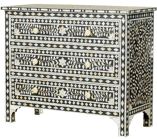 Deeley+Traditional+3+Drawer+Accent+Chest