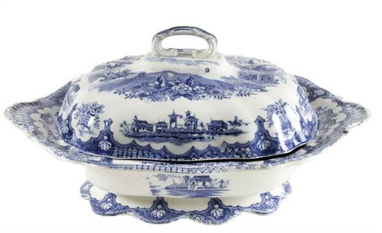 blue-white-transferware-covered-vegetable-bowl