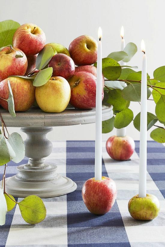 autumn-centerpieces-apple-candleholders