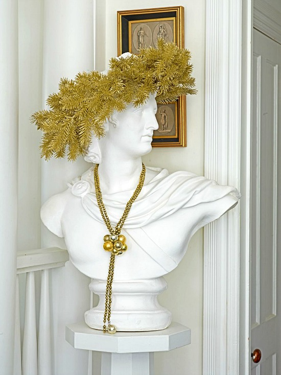 tinsel-on-bust