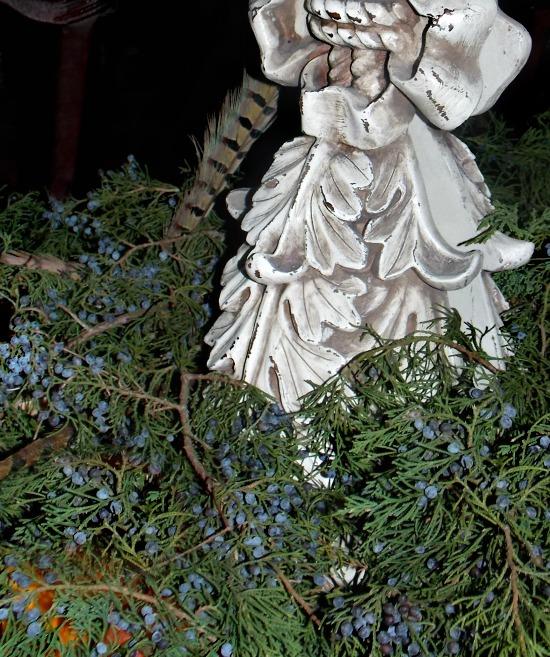 cedar-berries-oranges-feathers
