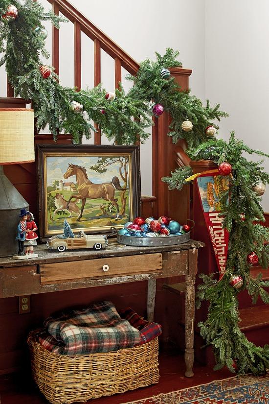 farmhouse-holiday-entry