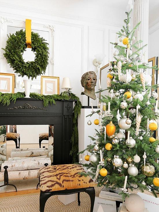 josh-young-holiday-decorating-tips-domino