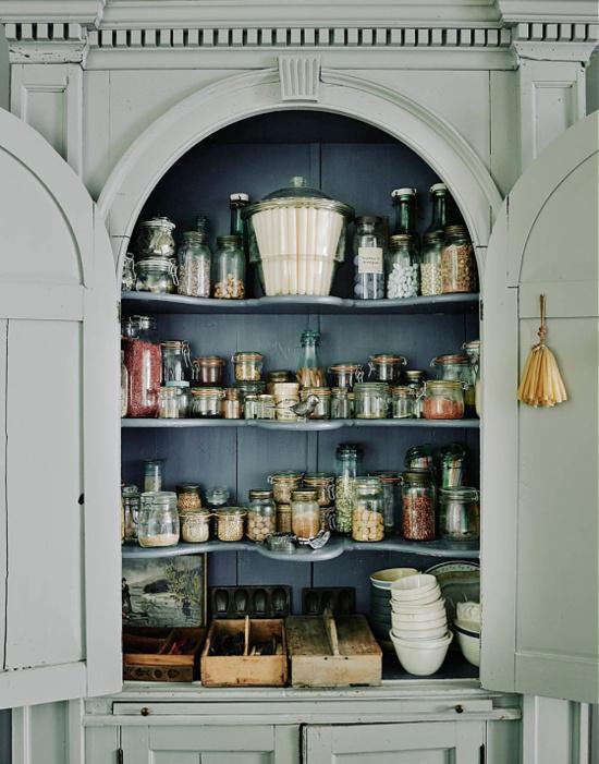 HG-Patrick-Williams-kitchen-storage-cupboard-photo-Michael-Sinclair