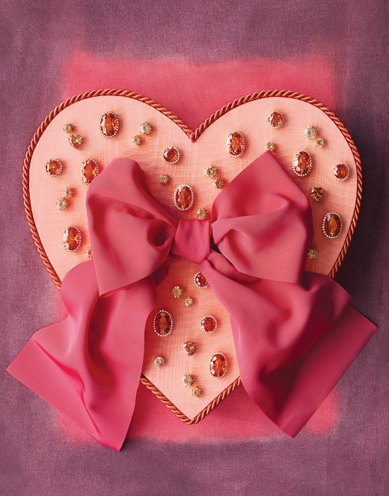 bejeweled-heart-shaped-box