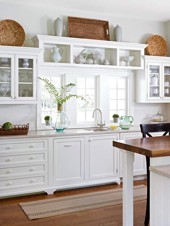 crown molding cabinet tops
