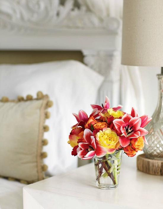 Flower magazine flowers in vase