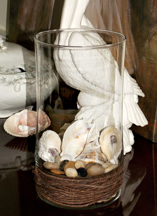 rope-wrapped-glass-vase-with-shells