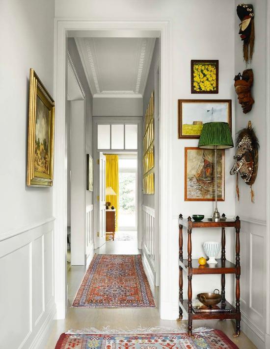 natural-sunlight-in-hallway-photo-Paul-Massey
