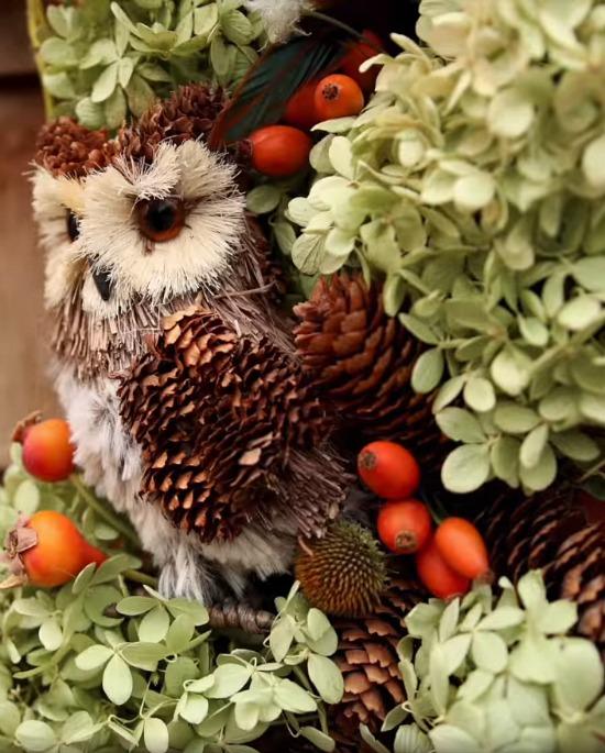 owl-wreath-Garden-Answer
