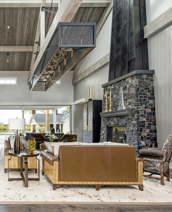 Napa Valley Farmhouse-den-Carreiro Builders