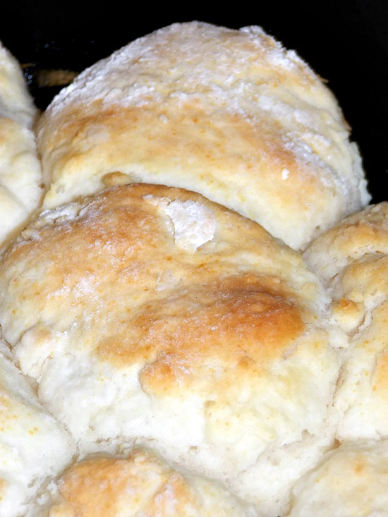 biscuits-in-skillet