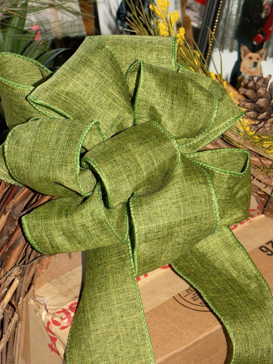 green-bow-for-wreath