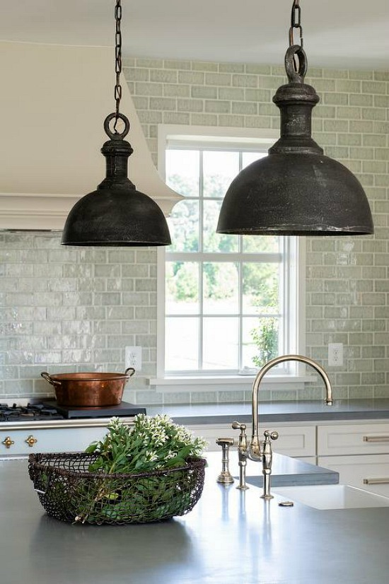 kitchen-with-hand-poured-concrete-countertops