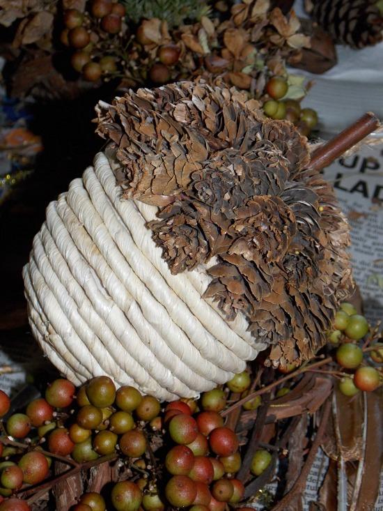 pine-cone-decor