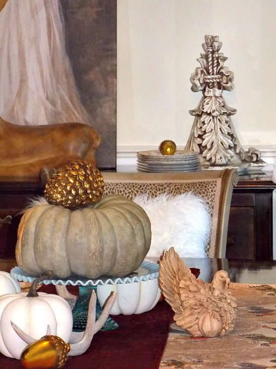 Thanksgiving-table-cake-plate