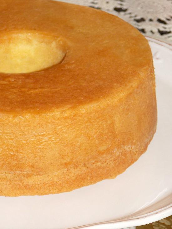 grandmothers-pound-cake-with-nutmeg-1