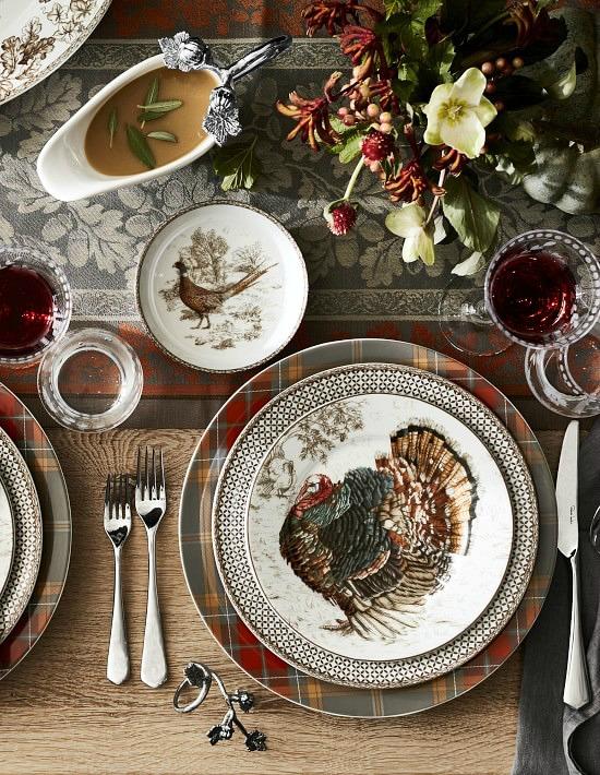 plymouth-pumpkin-dinnerware-collection