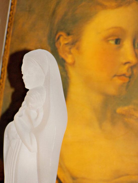Mary-figurine