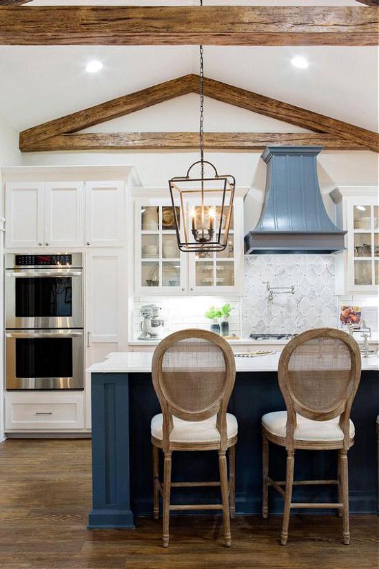 dark-blue-kitchens-island