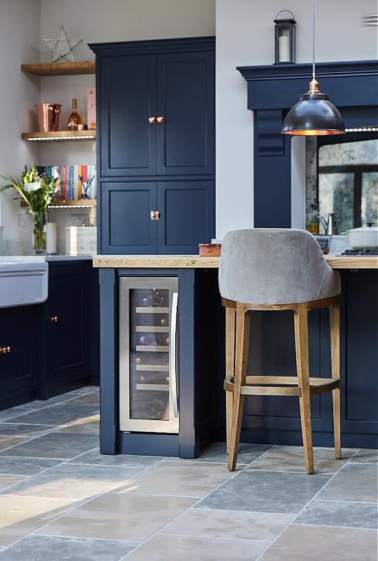 bespoke-kitchen-project-23-guildford-wine-fridge