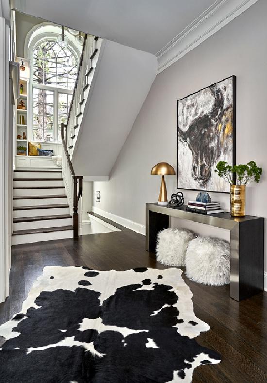contemporary-hall-Yamini-Designs