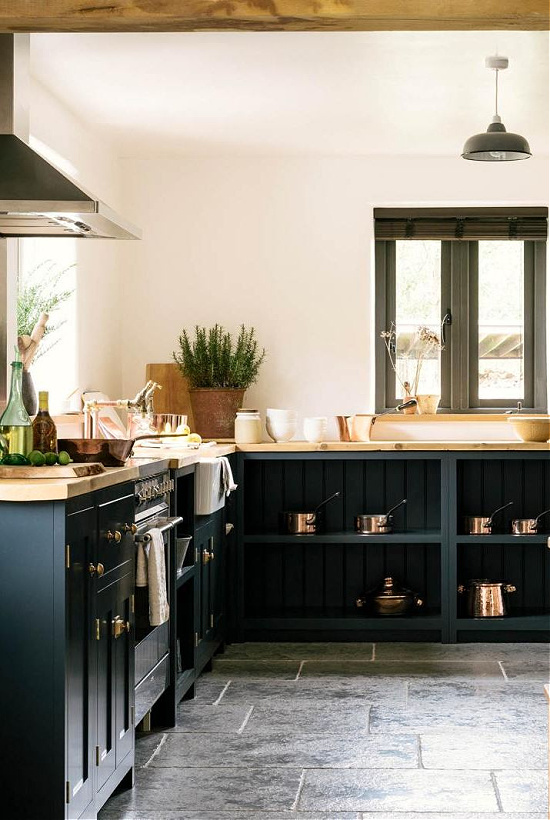 devol-the-leicestershire-forest-kitchen