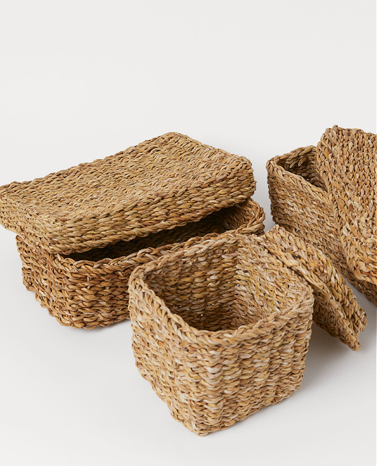 storage baskets with lids