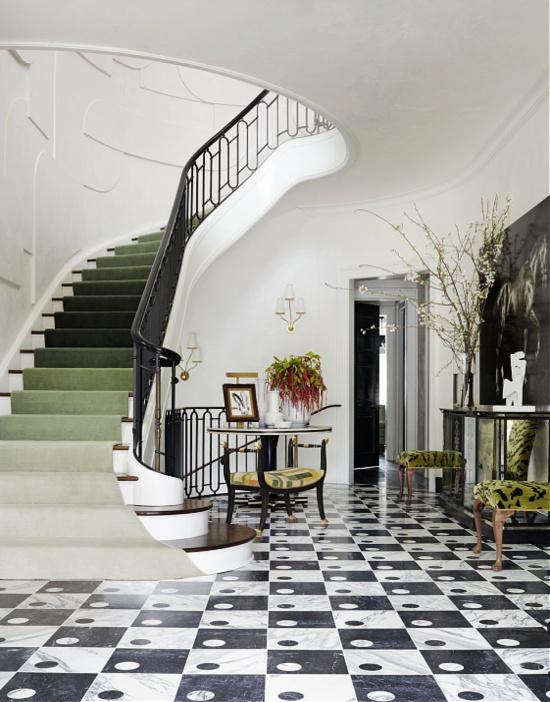 ombre-staircase-entry-foyer-Veranda