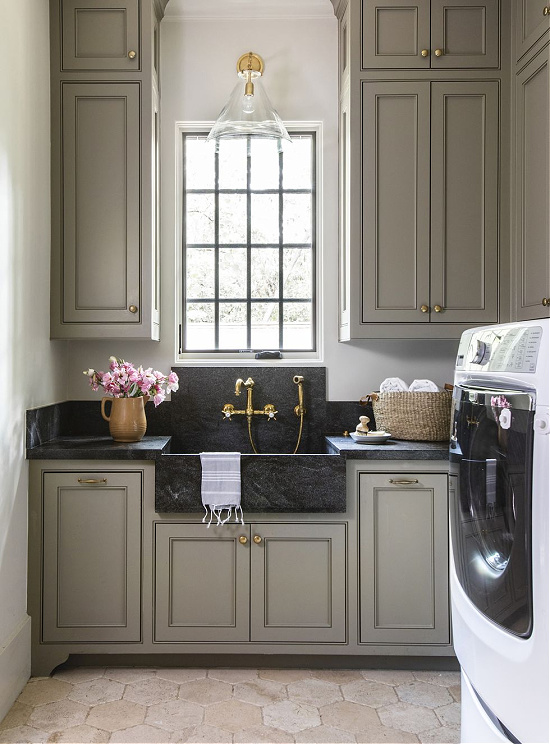 laundry-room-Marie Flanigan Interiors