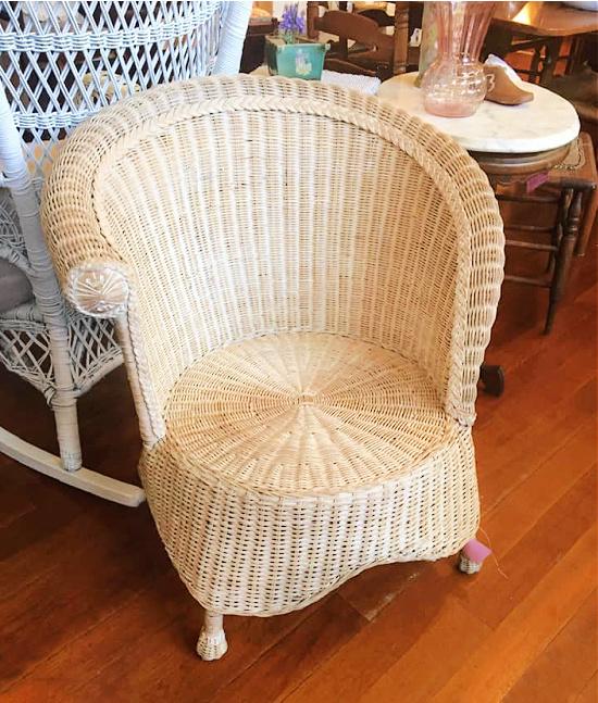 vintage-white-wicker-chair-Washington-Old-Schoolhouse-Antique-Mall