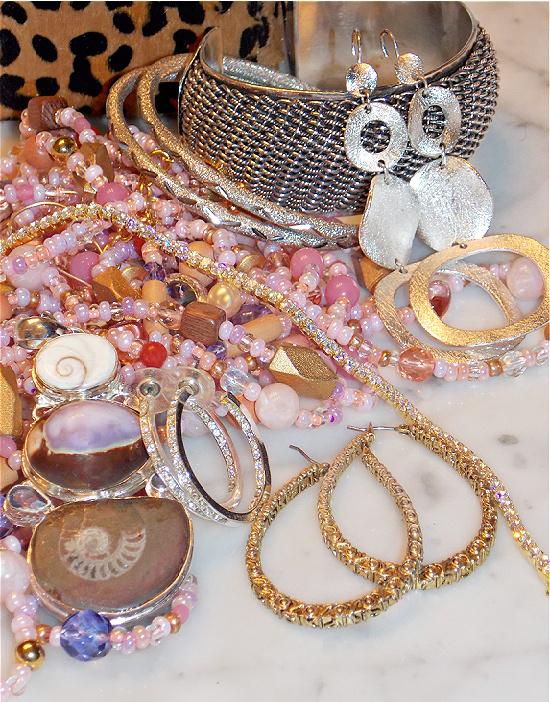 Vegas-jewelry-looks