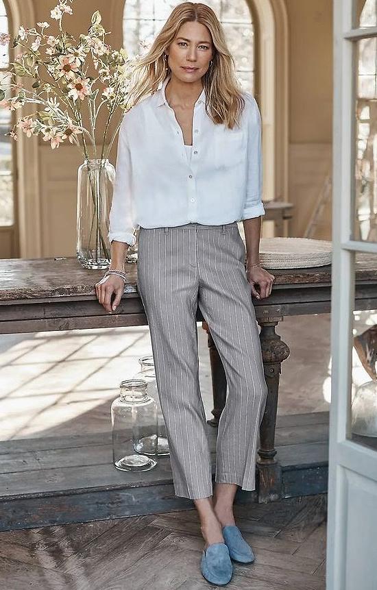 Luxe Linen-Stretch Straight-Leg Crops